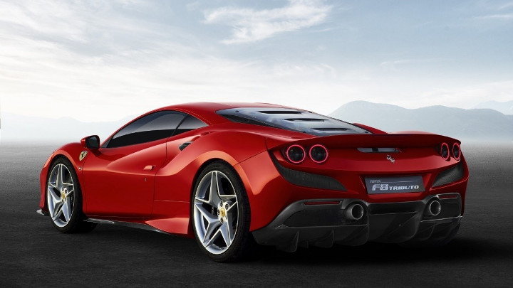 Ferrari F8 Tributo back